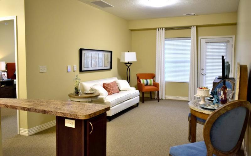 Danbury in Hudson | SeniorLiving.com on